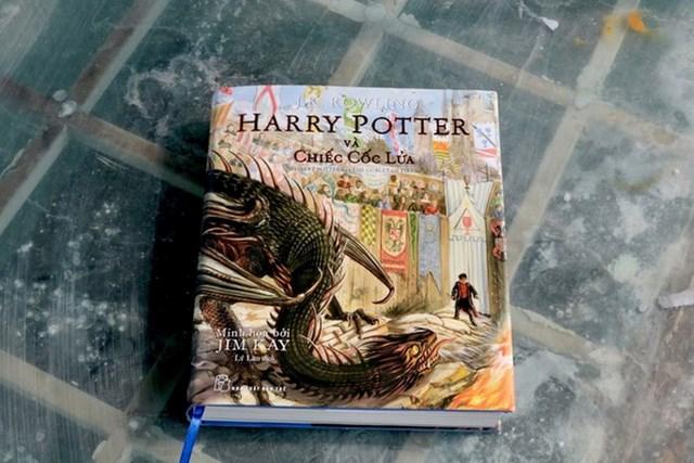 Ra mắt phiên bản sách tranh Harry Potter - Ảnh 1