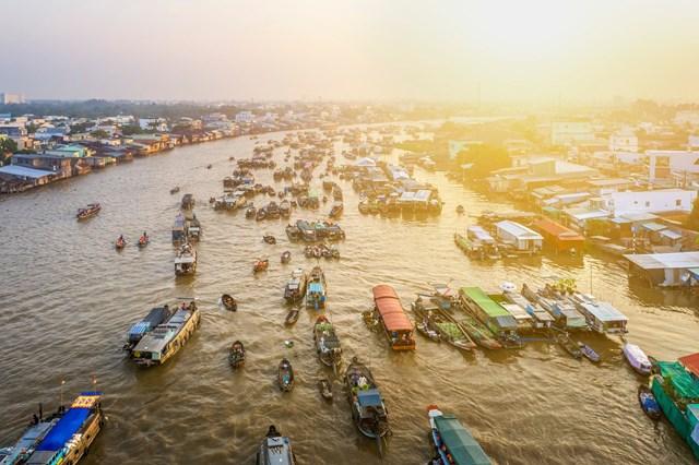 Chợ nổi Cái Răng nổi tiếng tại Cần Thơ.