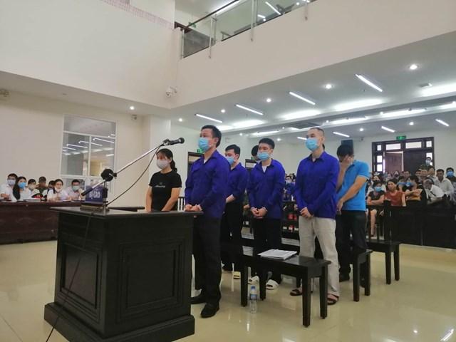 Lê Văn Quang và đồng bọn nhận án thích đáng và phải liên đới bồi thường cho các bị hại.