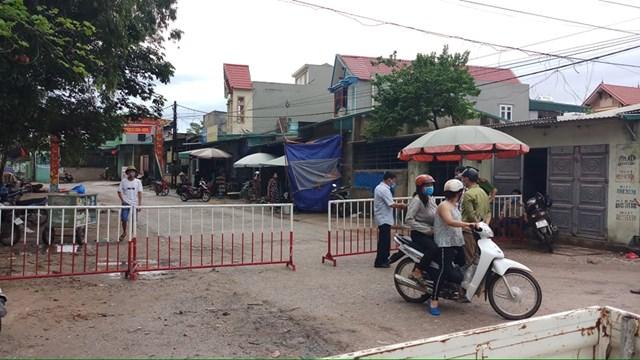 Khu phố Bắc Nam, phường Quảng Vinh, TP Sầm Sơn bị phong tỏa ngay trong sáng ngày 6/8.