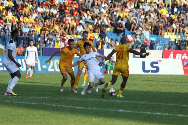 Thanh Hóa đòi bỏ giải khiến V-League càng cho thấy rõ những sự thiếu chuyên nghiệp.