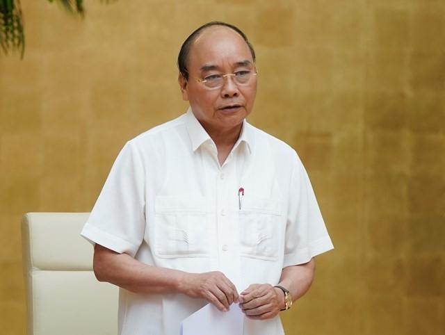 Thủ tướng Nguyễn Xuân Phúc phát biểu kết luận cuộc họp Thường trực Chính phủ, chiều 12/8 Ảnh: VGP.