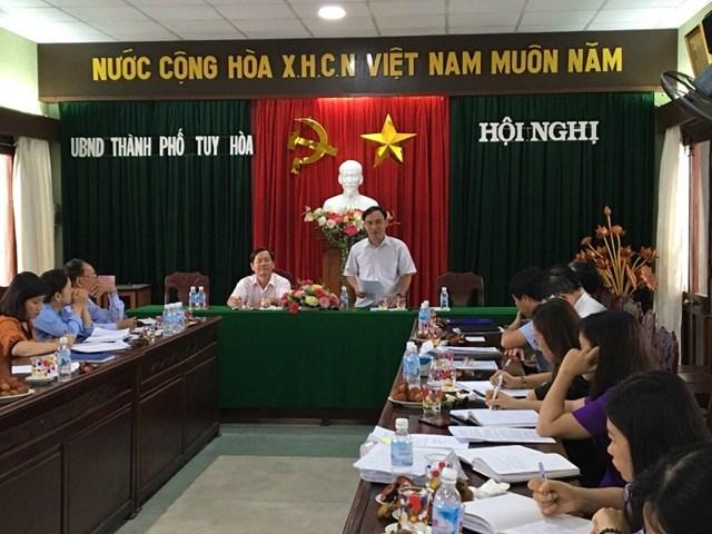 Ông Nguyễn Quốc Hoàn, Chủ tịch Ủy ban MTTQ Việt Nam tỉnh Phú Yên làm việc tại TP Tuy Hòa.