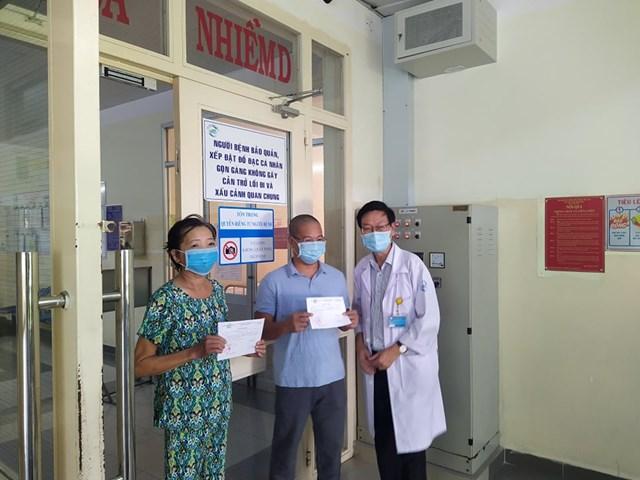 Hai bệnh nhân Covid19 ở TP HCM được xuất viện ngày 25/8.