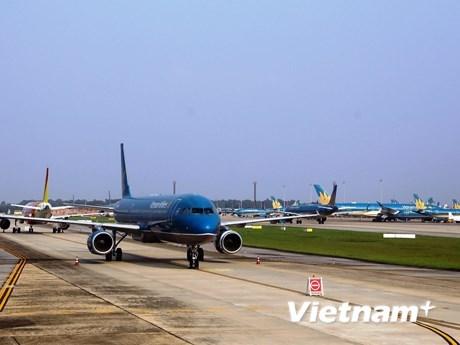 Các hãng hàng không sẽ chuẩn bị nối lại các đường bay quốc tế sau thời gian ảnh hưởng của dịch Covid-19. (Ảnh: CTV/Vietnam+).