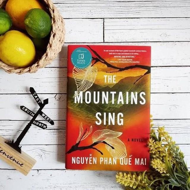Tiểu thuyết 'Những ngọn núi ngân vang' được xuất bản tại Anh - Ảnh 1