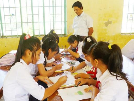 Tăng chất lượng dạy tiếng dân tộc thiểu số trong trường học - Ảnh 1