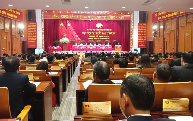 Quang cảnh phiên họp trù bị Đại hội Đại biểu Đảng bộ tỉnh Quảng Ninh lần thứ XV, nhiệm kỳ 2020-2025.