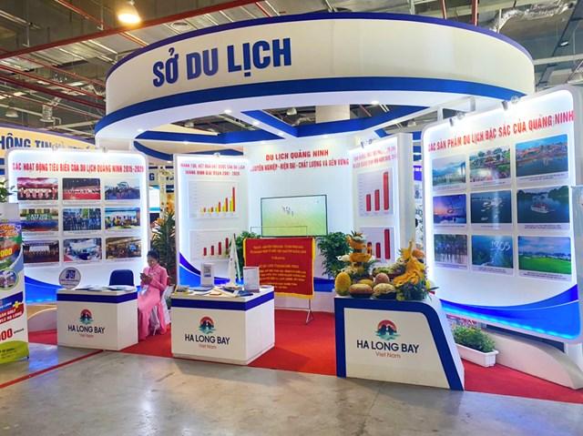 Gian hàng tại Triển lãm thành tự phát triển kinh tế - xã hội tỉnh Quảng Ninh giai đoạn 2015-2020.