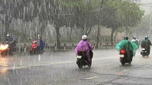 Cả nước mưa to, cảnh báo lốc, sét, mưa đá - Ảnh 1