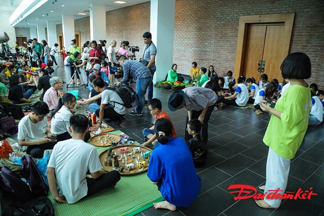 Nhiều hoạt động trải nghiệm được tổ chức tại Bảo tàng Dân tộc học Việt Nam trong dịp Trung thu.