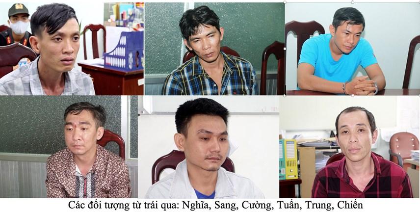 Các đối tượng từ trái qua: Nghĩa, Sang, Cường, Tuấn, Trung, Chiến