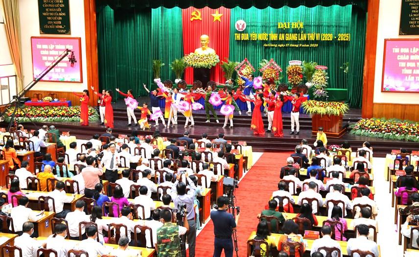 Quang cảnh đại hội thi đua yêu nước tỉnh An Giang